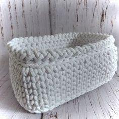 Háčkovaný puf, taburet, kobereček, košík Diy Crafts Knitting, Diy Crafts Crochet, Crochet Tote, Free Crochet, Tiny Teddies, Bag Pattern Free, Tote Bags Handmade, Crochet Fashion, Double Crochet