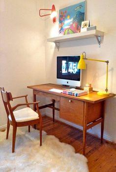 Mid Century Modern Desk and Chair Kipp Stewart for Drexel Declaration Mid Century Modern Bedroom, Mid Century House, Mid Century Modern Furniture, Midcentury Modern, Modern Chairs, Trendy Furniture, Modern Bedroom Furniture, Classic Furniture, Furniture Chairs