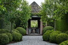 How to get landscape designer Paul Bangay's look in your garden