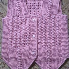 This post was discovered by El Crochet Baby, Knit Crochet, Moda Emo, Baby Vest, Crewel Embroidery, Baby Knitting Patterns, Eminem, Christian Dior, Infant