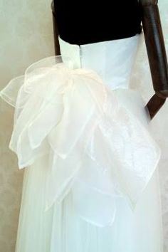 e58a45293ffae 「ウェディング ドレス オーガンジー バック」の画像検索結果