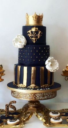 9 Lovely Wedding Cake Ideas That Will Wow Your Guests - Wedding n Bridal n Baby shower Cakes ,Ideas n Photos - Wedding Cakes Unique Wedding Cakes, Beautiful Wedding Cakes, Beautiful Cakes, Amazing Cakes, Unique Cakes, Trendy Wedding, Rustic Wedding, Buttercream Wedding Cake, Wedding Cupcakes