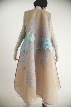 68 New Ideas Fashion Runway Design Fabric Manipulation Runway Fashion, Fashion Art, High Fashion, Fashion Design, Fashion Trends, Trendy Fashion, Design Textile, Fabric Design, Textiles