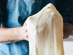 the best quick pizza dough (crust) | jernejkitchen