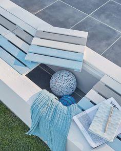 Guide Maison - Printemps 2017, créer un banc avec des dalles en bois sur tasseau dans une structure maçonnée