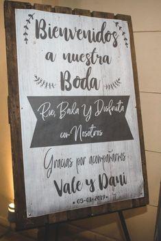 Weeding, Wedding Ideas, Home Decor, Vestidos, Welcome Quotes, Wedding Stuff, Wedding Vases, Decorations, Chalkboard Quotes