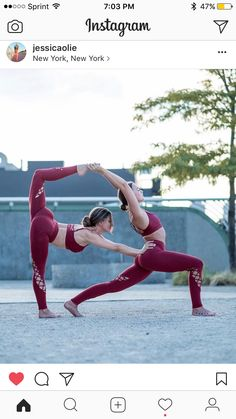 Pinterest: laurynloiselle Two person yoga stunt