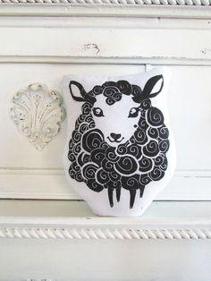 Plush Black Sheep Pillow. Hand Woodblock Printed. por LauraFrisk