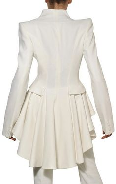 Alexander Mcqueen Ruffled Leaf Viscose Crepe Coat in White - Lyst