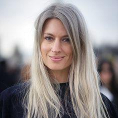 Stilvorbild: Streetstyle-Ikone Sarah Harris und ihr Markenzeichen - die grauen Haare