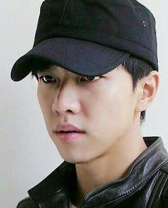Miss you so so much Oppa.Please update today😍. Asian Actors, Korean Actors, The King 2 Hearts, Medical Drama, Lee Seung Gi, Japanese Drama, Hyun Bin, Korean Celebrities, Korean Men