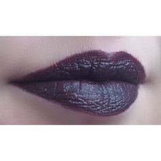 MAC Smoked Purple lipstick, paired with Nightmoth lip pencil. @kissy82 Instagram