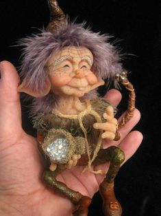 Mickey O'Cоnnell'a Polymer Clay Sculptures, Polymer Clay Dolls, Sculpture Clay, Weird Creatures, Magical Creatures, Fantasy Creatures, Kobold, Fantasy Figures, Clay Fairies