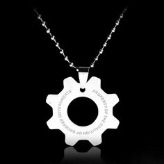 European And American Movie Series Stainless Steel Gear Necklace War Machine  Ingranaggi Logo Fashion  For Men Women Pendant