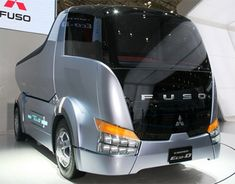 Mitsubishi Fuso Canter Eco-D Concept Dump Truck From Tokyo Motor Show Big Rig Trucks, Cool Trucks, Retro Bus, Luxury Bus, Tokyo Motor Show, Future Trucks, Road Train, Bus Coach, Heavy Machinery