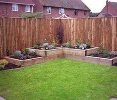 Pour planter des vivaces ou en faire un ptit coin jardinier !!