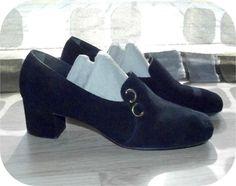 Vintage 60s Black Suede MOD High Heel Oxford Loafer Pumps 8 Shoes MADMEN
