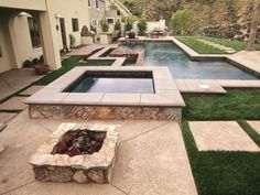 Getting Warmer This geometrically unique pool area features a raised hot tub framed with flagstone. A nearby fire pit makes the transition from steamy hot tub to cold night air a little easier. Outdoor Tub, Outdoor Retreat, Outdoor Rooms, Outdoor Living, Spas, Spa Design, Design Ideas, Design Inspiration, Fresco