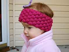 Baby bobble ear warmer ~ So cute and can be adapted for adults. Free pattern