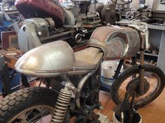 CYCLE BUTCHER: HONDA CM400 CAFE BUILD-Steel Tailpiece