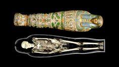 Conhecido por colecionar #artefatos de diferentes eras da #civilização, o #BritishMuseum traz para #Londres sua nova #exibição, a #Ancient #Lives: New Discoveries > http://geleia.tv/1n2B3S6