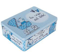 La caja La caja del bebé de color azul. Un regalo perfecto para chicos y chicas, diseño de la afamada española Anna Llenas. En Decocuit Regalos y decoración en Burgos encontrarás más modelos de estas cajas. Y si quieres comprar, lo puedes hacer a través de nuestra tienda on line www.decocuit.com. Te sorprenderemos!