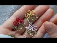 Tatting Earrings, Tatting Jewelry, Needle Tatting, Tatting Lace, Sheep Tattoo, Shuttle Tatting Patterns, Tatting Tutorial, Fabric Flower Brooch, Crochet Needles