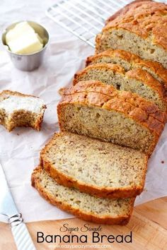 Super simple banana bread that is moist, has a rich banana flavor, and the perfect texture. Super Simple Banana Bread ©Eazy Peazy Mealz by… Easy Bread Recipes, Banana Bread Recipes, Cooking Recipes, Banana Walnut Bread, Easiest Banana Bread Recipe, Banana Bread With 2 Bananas, Banana Bread Muffins, Cooking Kale, Cooking Bacon