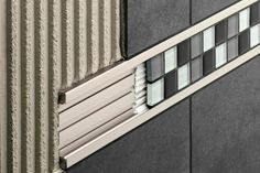 Listello tile trim in aluminum (decorative) Schlüter-QUADEC-FS Schluter-Syste Room Tiles, Wall Tiles, Tile Bedroom, Schluter Tile Edge, Metal Edging, Joinery Details, Tile Trim, Tile Design, Aluminium