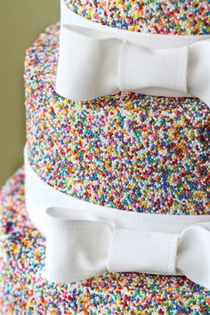 Sprinkles Wedding Cake. Totally doing it.
