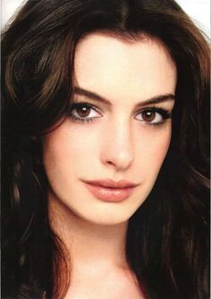 Anne Hathaway #Makeup #Brown #Eyes #Maquillage #Marron #Yeux #Soirée #Journée…