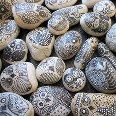Oolskuukskes, beschilderde stenen