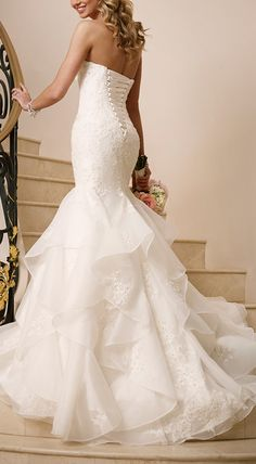 Corset Wedding Dress is popular in todays modern wedding wear. This brings a new style and a symbol of women. This also brings some sex appeal along with grace to be sophistication because women wore corsets because they wanted to be perfect. Alissa Brooks-Johnson 4/11/16