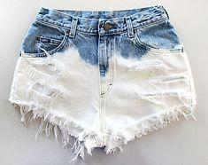How to Bleach Shorts. Denim bleaching is a great way to customize your style, while saving money on the newest fashions. With just a few household materials, you can create an ombre, bleached, or a light denim look for your shorts or. Dip Dye Shorts, Diy Shorts, Diy Jeans, Festival Chic, Ripped Jeggings, Ripped Skinny Jeans, Bleached Jeans, Trendy Swimwear, Moda Emo