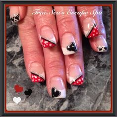 Valentines Nail Art by TraiSeasEscape from Nail Art Gallery #nailart