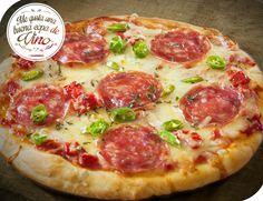 Pizza de peperoni! Para esta deliciosa pizza les recomendamos un malbec francés, un merlot argentino o un tempranillo español