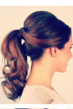 Love the curly ponytail.