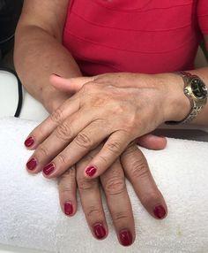 Maniküre mit Shellac #instanails#summer#shellac#manikure#cosmetics#sun#nailart#instalove#naillove#nailstagram#nailfashion#newnails#nailsonfleek#nailstyle#naturalnails#naturalbeauty#natural#nailpolish Natural Beauty from BEAUT.E
