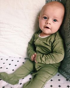 Snuggle parties with your favorite little guy all weekend!  @lauren_westlake  shop the organic cotton footed romper collection at spearmintLOVE.com