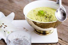 oppskrift-onsdag: kremet, vegansk brokkolisuppe   Caroline Berg Eriksen   Bloglovin' Vegan, Recipes, Recipies, Ripped Recipes, Recipe, Vegans, Cooking Recipes