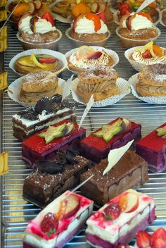 French Pastries by Xiaozhuli, via Flickr Coffee Facts, French Pastries, French Food, Plated Desserts, High Tea, Wine Recipes, Tart, French Toast, Bakery