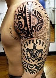 TATTOOS ASOMBROSOS Tenemos los mejores tatuajes y #tattoos en nuestra página web www.tatuajes.tattoo entra a ver estas ideas de #tattoo y todas las fotos que tenemos en la web.  Tatuaje Maorí #tatuajeMaori