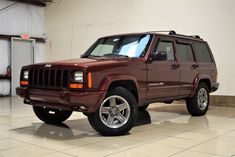 Bid for the chance to own a No Reserve: 2001 Jeep Cherokee Classic at auction with Bring a Trailer, the home of the best vintage and classic cars online. 2001 Jeep Cherokee, Jeep Cherokee Sport, Cherokee Laredo, Jeep Xj Mods, Jeep Wj, Honda Civic Si, Mitsubishi Lancer Evolution, Chrysler Jeep, Nissan 350z
