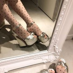 Image in fashion collection by sensitive on We Heart It Pretty Shoes, Cute Shoes, Me Too Shoes, High Heels, Shoes Heels, Pumps, Gold Heels, Kim Chungha, Dream Shoes