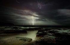 Amazing Photographs of Lightning http://www.inspirefirst.com/2012/05/25/amazing-photographs-lightning/