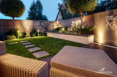 All Details You Need to Know About Home Decoration - Modern Townhouse Landscaping, Townhouse Garden, Backyard Landscaping, Rock Garden Plants, Terrace Garden, Garden Paths, Shade Garden, Garden Design Plans, Modern Garden Design