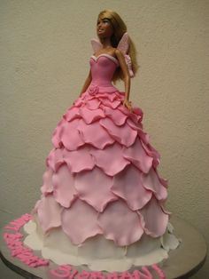 Love the wings!  Source: http://www.flickr.com/photos/artisancakes/3754735968/