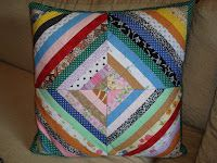 Feito Por Mim! O Artesanato que Você Pode Fazer!: Capa de Almofada de Retalhos de Tecidos!