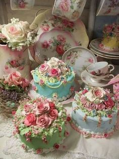 Little tea cakes! Little tea cakes! Tea Cakes, Cupcake Cakes, Tea Party Cakes, Gorgeous Cakes, Pretty Cakes, Amazing Cakes, Fancy Cakes, Mini Cakes, Kolaci I Torte