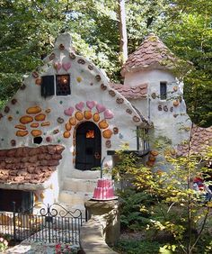 10 Fairy Tale Houses - Entertainment Tips & Advice | mom.me